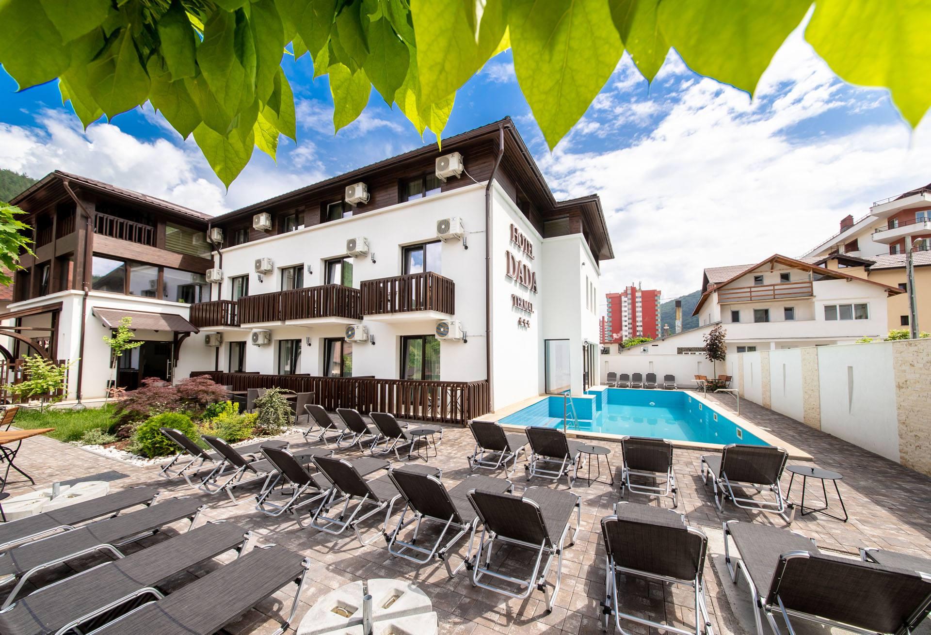 Proiect hotel 980mp in statiunea Calimanesti, Cozia. Hotel 24 camere cu baza termala si piscina exterioara.
